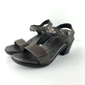 Aetrex Sylvia Leather Wedge Tan Sandals Size 9-9.5